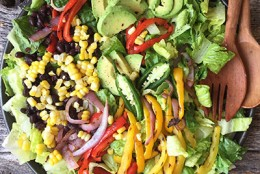 Veggie Fajita Salad with Spicy Avocado & Lime Dressing