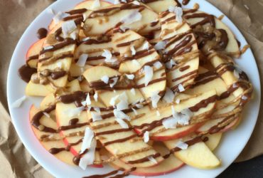 Healthy Chocolate Caramel Apple Nachos